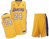 Kobe Bryant home jersey + shorts (swingman)